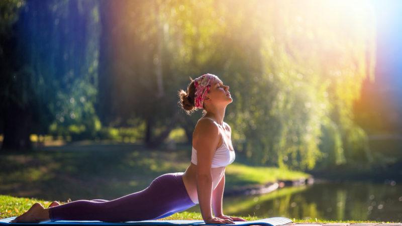 Физические и духовные аспекты йоги